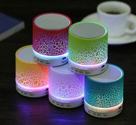 Speaker Bluetooth Retak LED