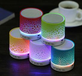 Speaker Bluetooth Retak LED