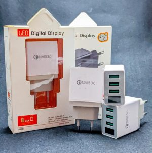 Adaptor 3A 3USB LED Digital Model...